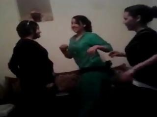 Saadia & allies - dancing party